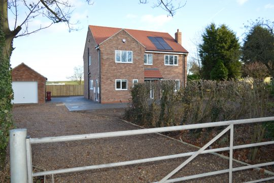 Lawns Farm Cottage Belton Road EPWORTH Doncaster DN9 1JL