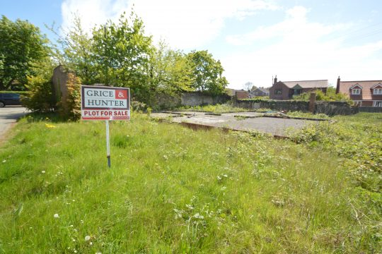 Building Plot-Self-Build Opportunity, Whitton Road/Sand Pit Lane, ALKBOROUGH, DN15 9JG